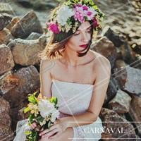 Inspiração perfeita para o carnaval! O batom pink e a coroa de flores vai fazer você arrasar! #ahazou #makeup