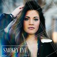 Smokey eye com batom nude é uma combinação clássica e sexy! #ahazou #makeup