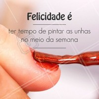 #FELICIDADE #manicure #salaodebeleza #esmalteria #esmaltes #profissionaldabeleza #manicureprofissional #unhas #instaunhas
