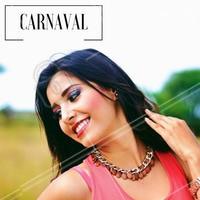 Aposte nas sombras coloridas para alegrar seu look de carnaval! #ahazou #makeup