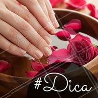 O envelhecimento da pele das mãos aparecem em forma de manchas e afinamento da pele e, em casos mais avançados, só é tratado com laser ou ácidos. #Ahazou #Mãos #Hands #Beleza