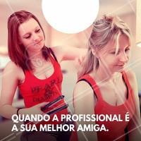 Nada melhor quando a profissional sabe do jeito que você gosta pois ela é a sua melhor amiga #salãodebeleza #amizade #ahazou #beleza #amiga #cabeleireira #autoestima