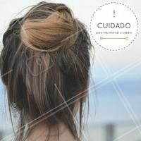 Se liga na dica! Após fazer a escova progressiva evite prender o cabelo, pois os fios estarão em estado de fixação da nova forma e prendê-lo pode fixar esta marca nos fios. #Dica #Cabelo #Progressiva #Ahazou #Cabelos #EscovaProgressiva #Beleza #SalaoDeBeleza #EscovaProgressiva #CabeloLiso