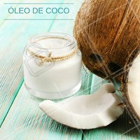 Para desenvolver hábitos saudáveis, que tal começar por algumas substituições? O óleo de coco pode entrar no lugar da manteiga ou do azeite, além de reduzir o colesterol ruim também controla os níveis de açúcar no sangue. #Dica #Saúde #Óleodecoco #Substituição