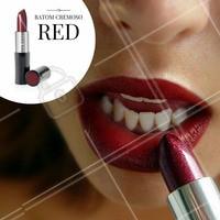 Para dar um UP no look, que tal um batom vermelho para te deixar com aquele bocão? #Amo #Batom #Look