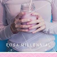 Que tal entrar para essa tendência e pintar as unhas com esse rosa bem clarinho? Agende já o seu horário! #rosamillennial #unhas #trend