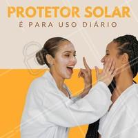 Faça chuva ou faça sol, use o protetor solar todos os dias. Para ter a pele perfeita dos sonhos, é importante que você cuide dela, por isso, faça com que o uso do protetor se torne um hábito. Você lembrou de proteger sua pele hoje? #protetorsolar #estéticafacial #pele #cuidadosdapele