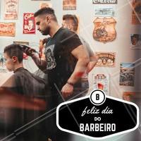 Dia 03 de novembro é o dia do barbeiro, que tal comemorar como um verdadeiro barbudo e fazer uma barba style? #diadobarbeiro #amo #ahazou #barba #barbearia #barbudo