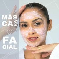 As máscaras faciais são fórmulas que contém diversos ingredientes ativos e por isso fornecem uma espécie de bomba na pele, promovendo hidratação profunda. Por isso elas são tão importantes na rotina de cuidados com a pele.   #cuidadoscomapele #mascarafacial #ahazou #hidratada
