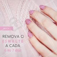 Deixar o esmalte nas unhas por mais de 7 dias pode fazer com que elas enfraqueçam! #unhas #esmalte #ahazou #manicure #pedicure