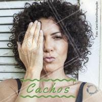 A atriz Fabiula Nascimento está arrasando na novela Segundo Sol, da Rede Globo com o seu cabelo natural. E você o que acha do visual cacheado? #atriz #ahazou #novela #redeglobo