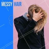 O estilo messy hair fica ótimo para jovens moderno. Para deixar o visual mais arrojado escolha as pomadas em pó que criam volume natural aos fios. #barbearia #ahazou #cortemasculino #homens #moda #tendencia #estilo