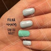 Você já aderiu a moda? Se sim clique duas vezes na foto! #manicure #ahazou #dicas #tendencia #filhaunica #esmalte