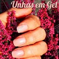 As unhas em gel são práticas e duradouras. Agende o seu horário! #manicure #ahazou #unhasgel #unhas