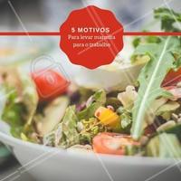 1. É mais saudável! 🥦 2. Você economiza 💰 3. Otimização do tempo ⏰ 4. Ajuda a manter a dieta 💪 5. Te afasta das tentações 🍫 #marmita #comida #ahazou #alimentaçao #marmitasaudavel #fitness
