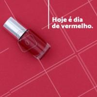 Aproveite para usar aquele vermelho sexy e ficar mara para o final de semana. Agende seu horário. #manicure #ahazou #esmalte #agendamento #horario