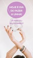 Não deixe para depois, marque agora o seu horário na manicure. #manicure #ahazou #unhas #horario
