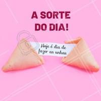 Marcou seu horário já? 🍀 #manicure #ahazou #agenda #horario #sorte