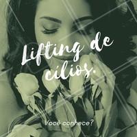O Lifting de Cílios é indicado para pessoas que desejam um olhar de boneca todos os dias. Para isso, é aplicado um produto especial que modifica temporariamente a estrutura do fio, sendo moldado através de uso de bigudin e criando a curvatura indicada para o tamanho dos cílios. O resultado dura em torno de 30 dias. Agende seu horário e venha conhecer! #cilios #liftingdecilios #lifting #ahazouapp #beleza #mulheres