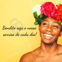 Vamos sorrir? 😍 #motivacional #ahazou #frase