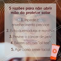 O protetor solar é importante para manter sua pele saudável em dias de sol ou nublados. Depois dos passos básicos da sua rotina de cuidados com a pele — limpar, tonificar e hidratar — ele é o complemento que faz diferença no dia a dia. O melhor jeito de usar é aplicar e deixar secar durante cerca de 30 minutos antes de se expor ao sol. Aqui damos uma dica: a aplicação do protetor solar pode ser uma das primeiras coisas que você faz ao acordar, assim, até você sair de casa, a pele do seu rosto, pescoço e colo já está sequinha. Para continuar protegida ao longo do dia, reaplique o produto a cada duas horas. O Fator de Proteção Solar (FPS) precisa ser no mínimo 30 e, dependendo do tom da sua pele e do tempo de exposição ao sol, pode ser maior. Não tenha medo da pele ficar oleosa — nem ressecada —, pois existem protetores para todos os tipos de pele. A quantidade mínima indicada para a região do rosto, orelhas e pescoço é a de uma colher de chá. Com isso, você garante o desempenho do FPS informado na embalagem. #protetorsolar #cuidados #ahazou #esteticafacial #sunscreen #summer