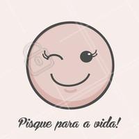 Pisque pra vida, mas pisque de cílios! 😉💞  #lashes #cilios #pisque  #ahazou #vida #beleza #mulher #eyeslashes #fioafio #volumerusso #alongamento #braziliangal #brazilianlashes #funny #fun
