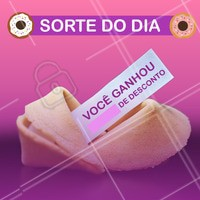 Parabéns, hoje é o seu dia de sorte! 🍀 Gostou da promoção? Então corre pra cá.🍩 #ahazoutaste #food #biscoitodasorte #promocao