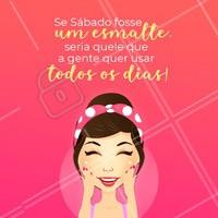 Sábado já é bom, mas um sábado  na manicure é PERFEITO! 😍 Agende seu horário! #sabado #manicure #ahazou #unhas #beleza