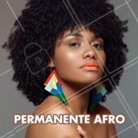 O permanente afro é um procedimento que deixa os cachos mais marcados, proporcionando mais praticidade, leveza e versatilidade ao cabelo. Esta é uma ótima aposta para quem deseja um visual mais natural e marcante ao mesmo tempo. Agende seu horário e venha ficar mais linda! #permanenteafro #ahazou #cachos #cabelo
