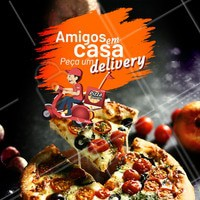 Amigos + Pizza = Noite perfeita! 🤩 Peça já a sua pizza quentinha! 🍕 #pizza #ahazoutaste #pizzaria #amigos