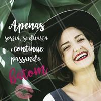 Dê destaque a beleza de seu sorriso com um bom batom! #batom #make #maquiagem #ahazoumake #ahazou