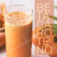 Você sabia que a cenoura é rica em betacaroteno, uma substância que, além de remover as toxinas da sua pele, pode te ajudar a deixar com um bronzeado lindo e uniforme? Fica a dica! Sem falar que fica super gostoso na salada e no suco de laranja.