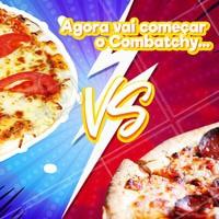 Pra entrar no clima da música Combatchy, hoje vai rolar um fight! 🎶 Quem ganha esse combatchy para você: A clássica pizza de mussarela ou a de calabresa? Conta pra gente nos comentários! #pizza #ahazoutaste #pizzaria