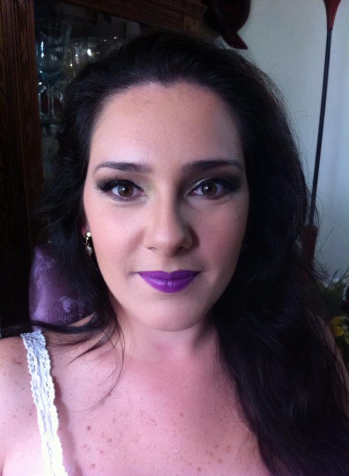 maquiagem, batom roxo maquiador(a)