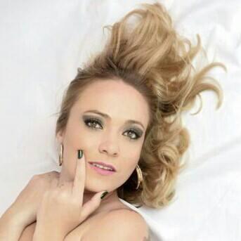 Fotos DIA DE DIVA  maquiagem, ensaio fotográfico cabeleireiro(a) depilador(a) designer de sobrancelhas maquiador(a) esteticista