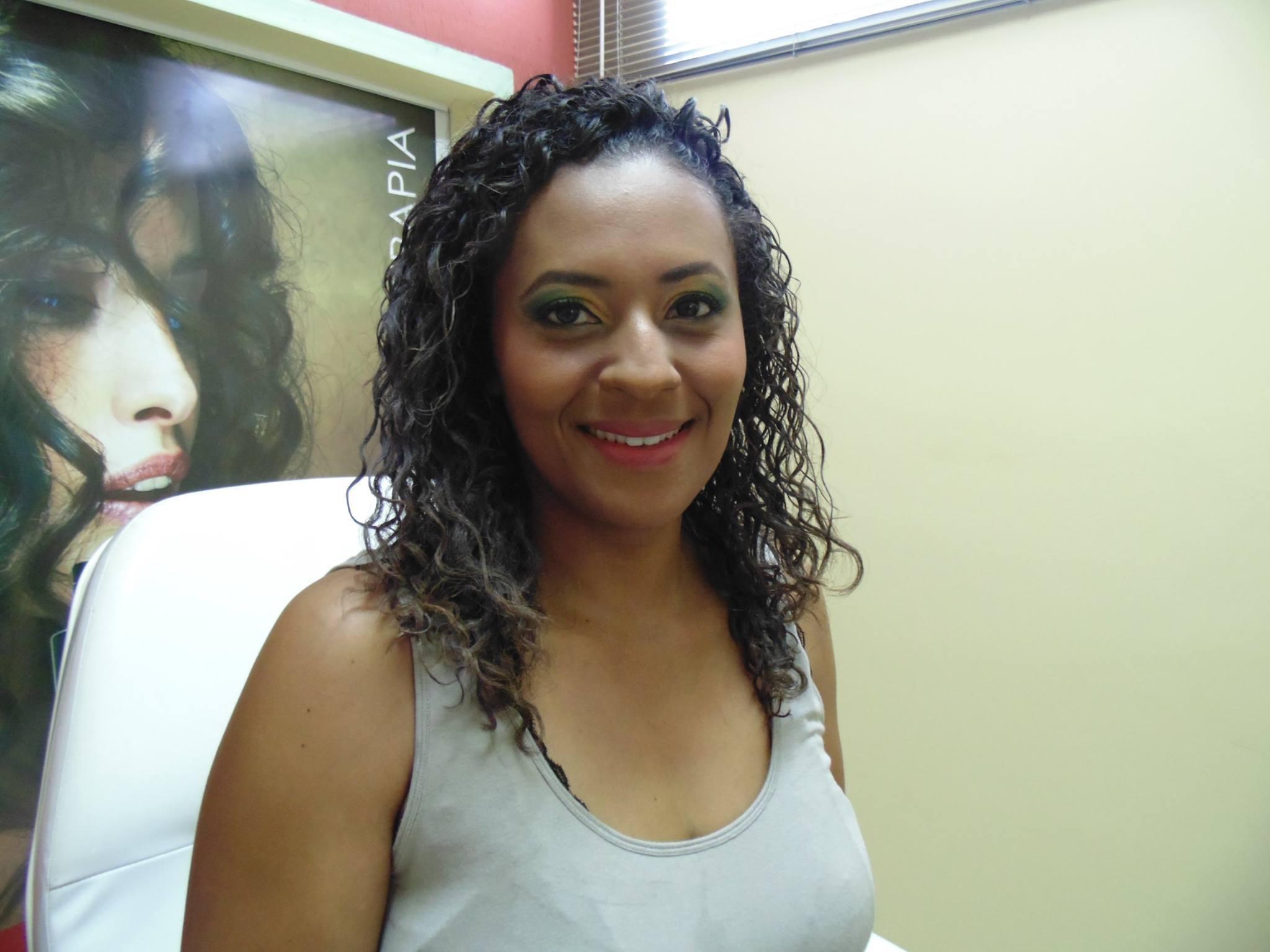 Maquiagem Pele Negra maquiagem, cabelo cacheado cabeleireiro(a) depilador(a) designer de sobrancelhas maquiador(a) esteticista