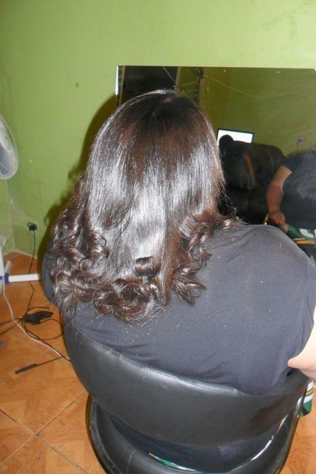 escova escova realizada cliente muito satisfeita  auxiliar cabeleireiro(a) manicure e pedicure caixa