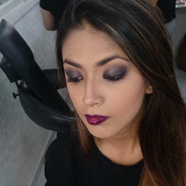 Dark maquiagem  cabeleireiro(a) maquiador(a) designer de sobrancelhas esteticista