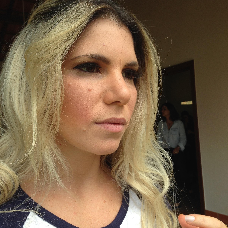 Madrinha dia cabeleireiro(a) maquiador(a) designer de sobrancelhas esteticista