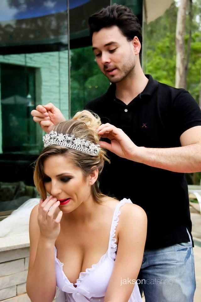 Produção de Beleza para fotos. noiva, penteado preso maquiagem maquiador(a) consultor(a) em imagem
