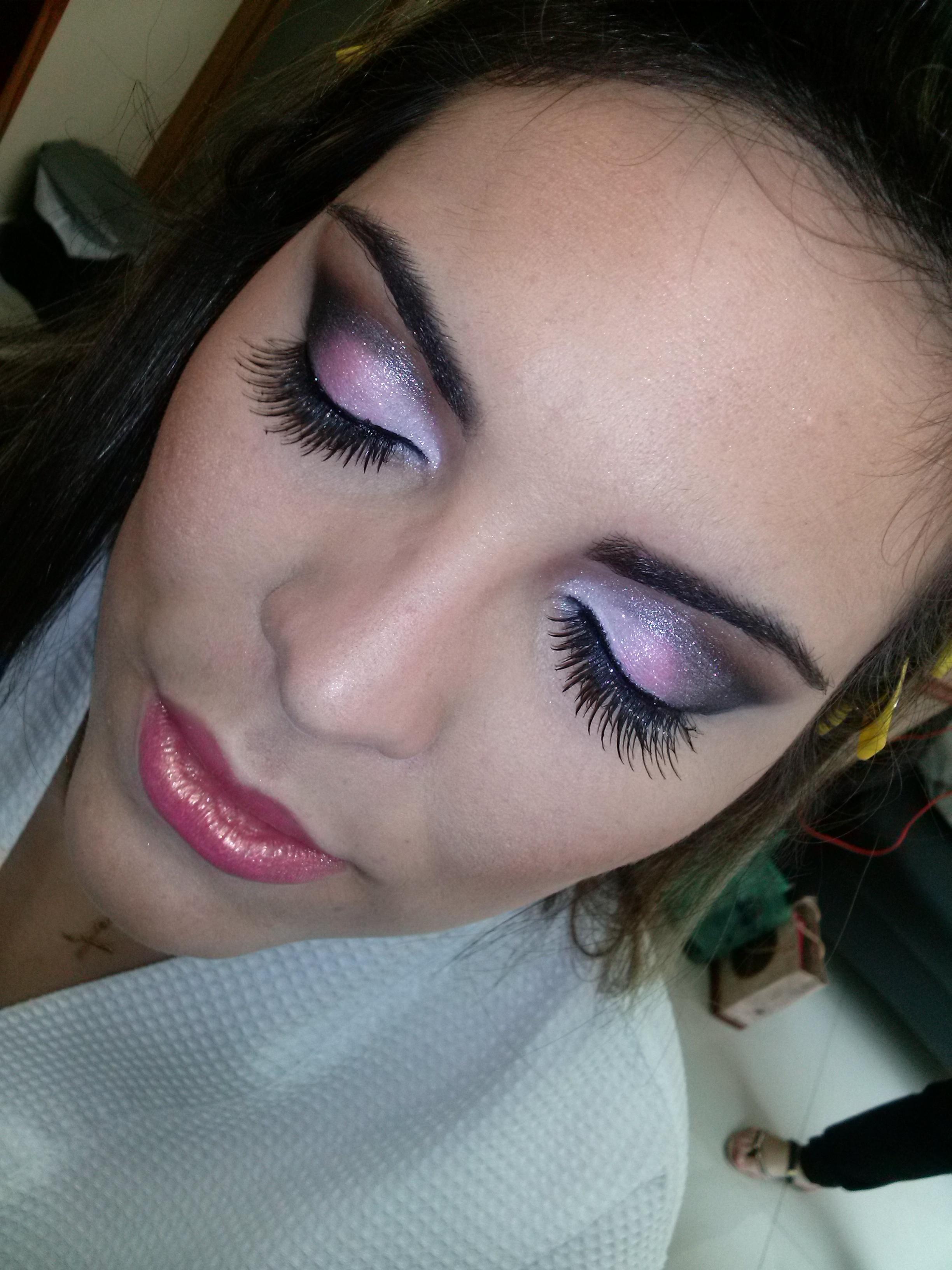 Maquiagem para noivas Maquiagem finalizada maquiagem  maquiador(a) recepcionista