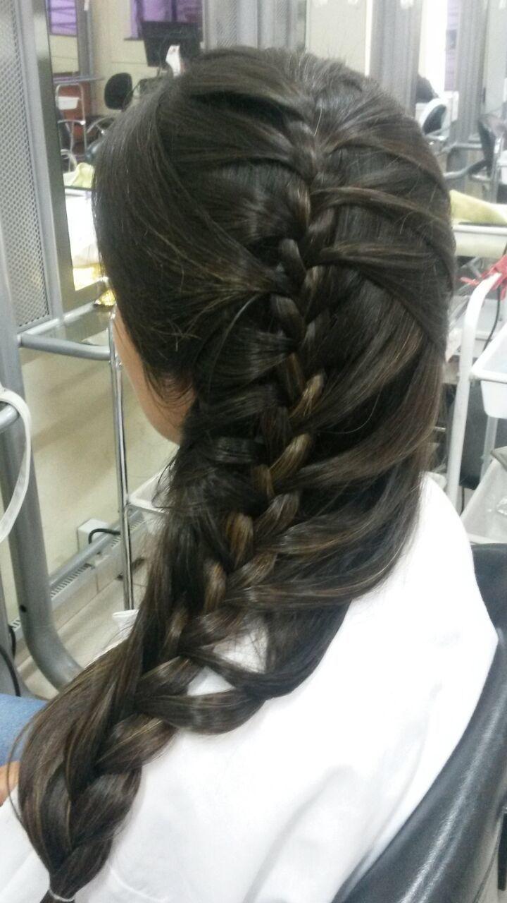 trança penteado preso, trança cabeleireiro(a)