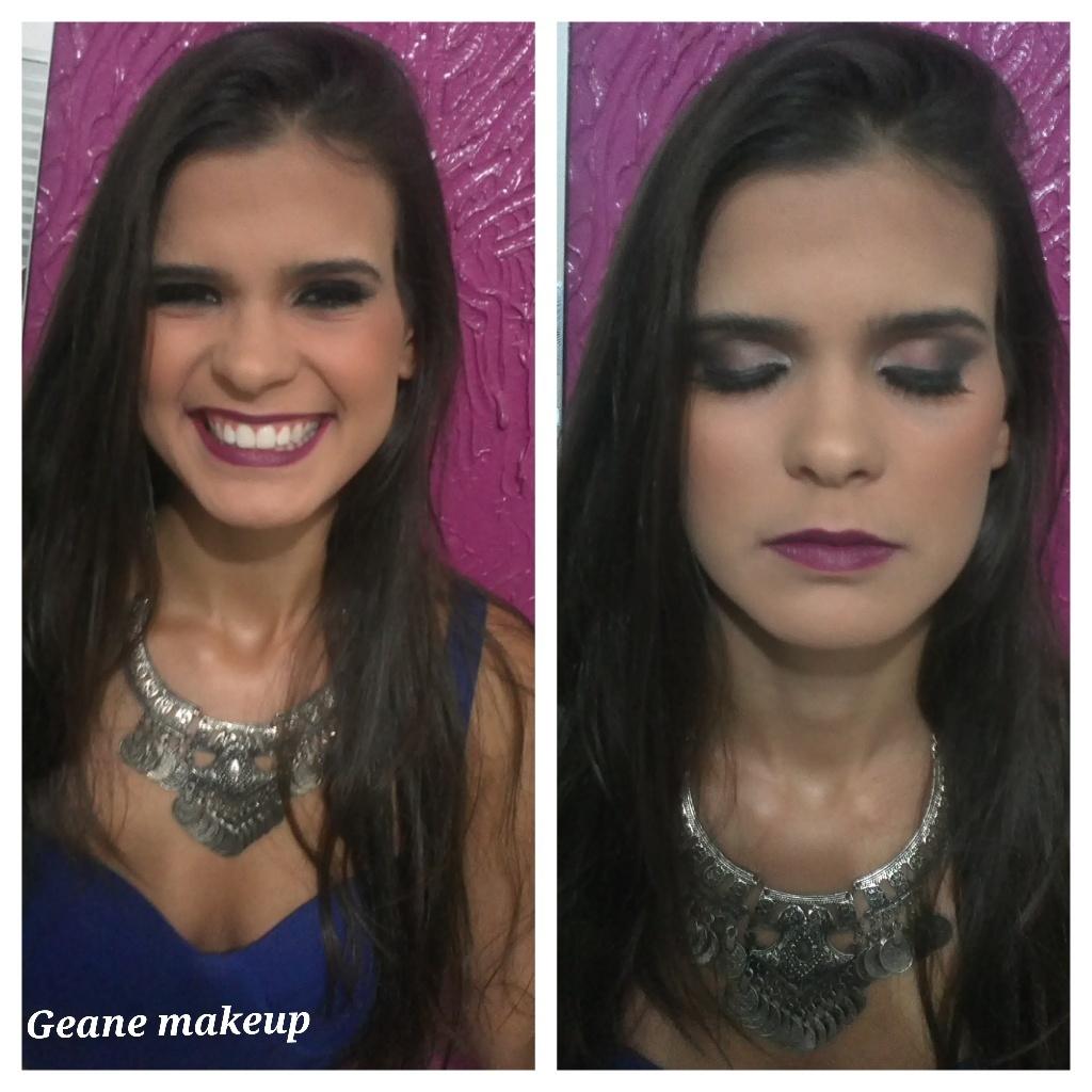maquiagem, batom roxo maquiagem  maquiador(a)