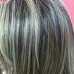 Luzes..Feito no papel aluminio,procedimento normal de descolorimento em um cabelo castanho medio,depois do clareamento,tonalizando com 10.89 perolado.