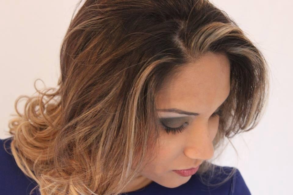 Cabelo e maquiagem cabelo cabeleireiro(a) maquiador(a) designer de sobrancelhas