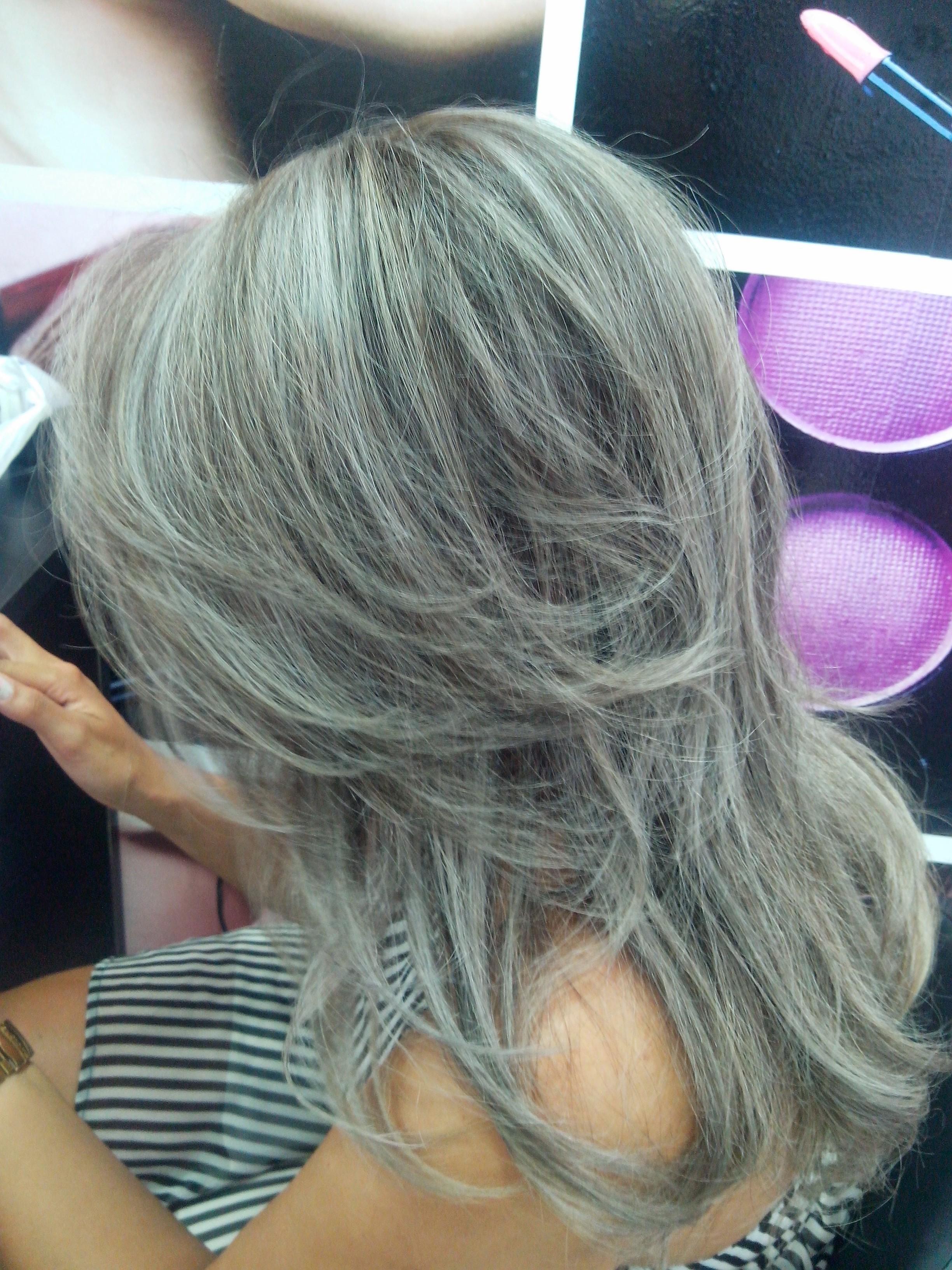 Luzes platinadas platinado  cabelo  cabeleireiro(a)