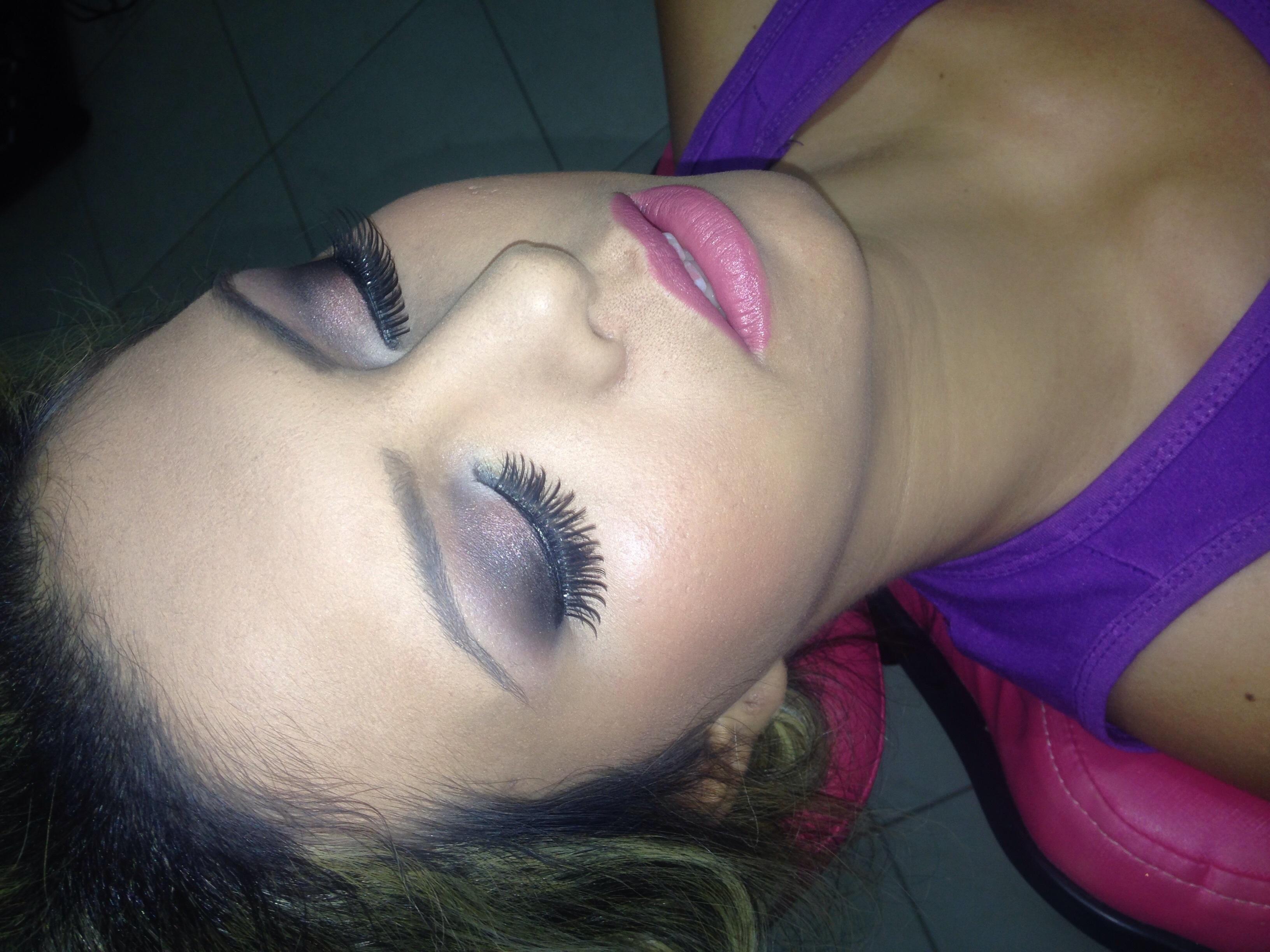 Maquiagem  Noiva.  maquiador(a)