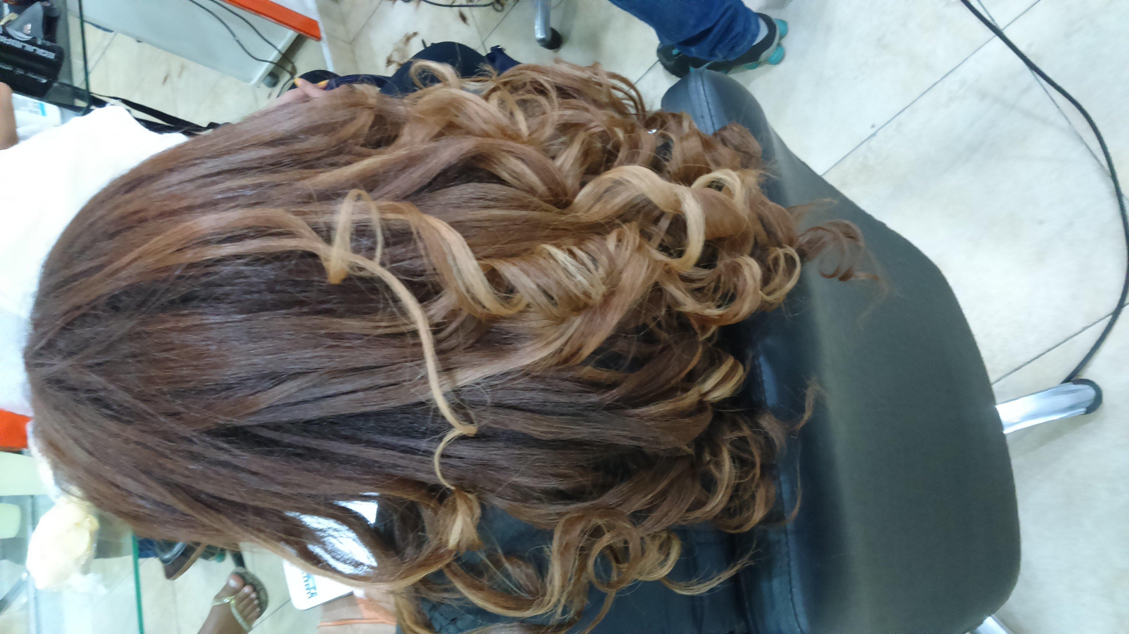 cachos  cabelo  cabeleireiro(a) maquiador(a)