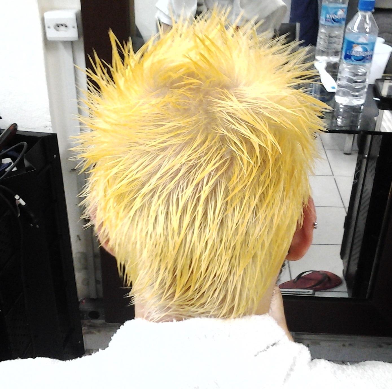 primeira etapa  amarelo cabeleireiro(a) massoterapeuta barbeiro(a) aromaterapeuta depilador(a) designer de sobrancelhas esteticista massagista stylist terapeuta visagista docente / professor(a) supervisor(a)