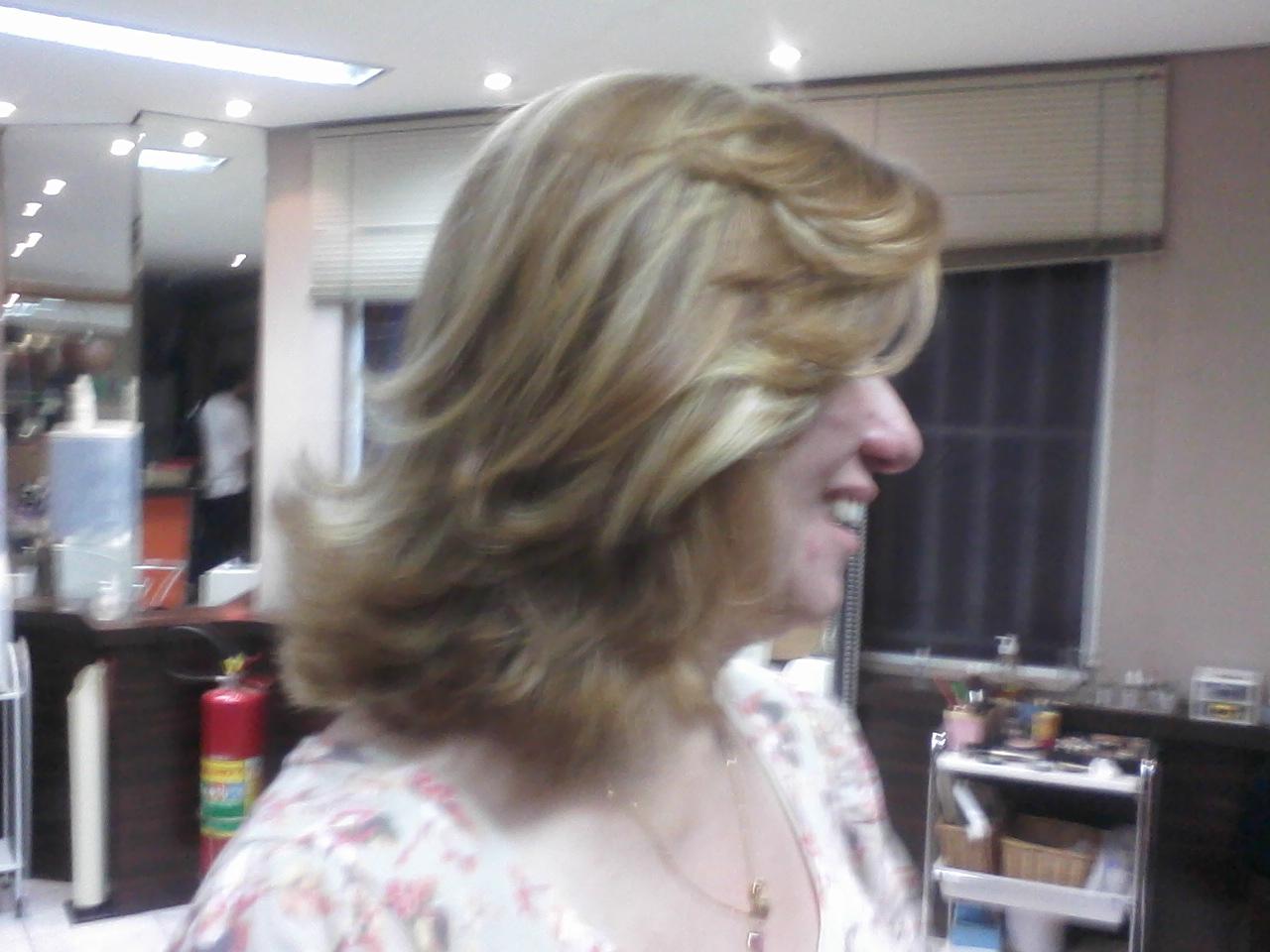 COR E CORTE cabeleireiro(a) maquiador(a)